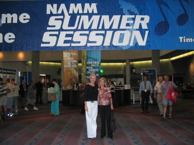 Lori Maier and CSN National P.R. Manager Ronda Wynn meet and greet CSN sponsors at the NAMM show in Nashville.
