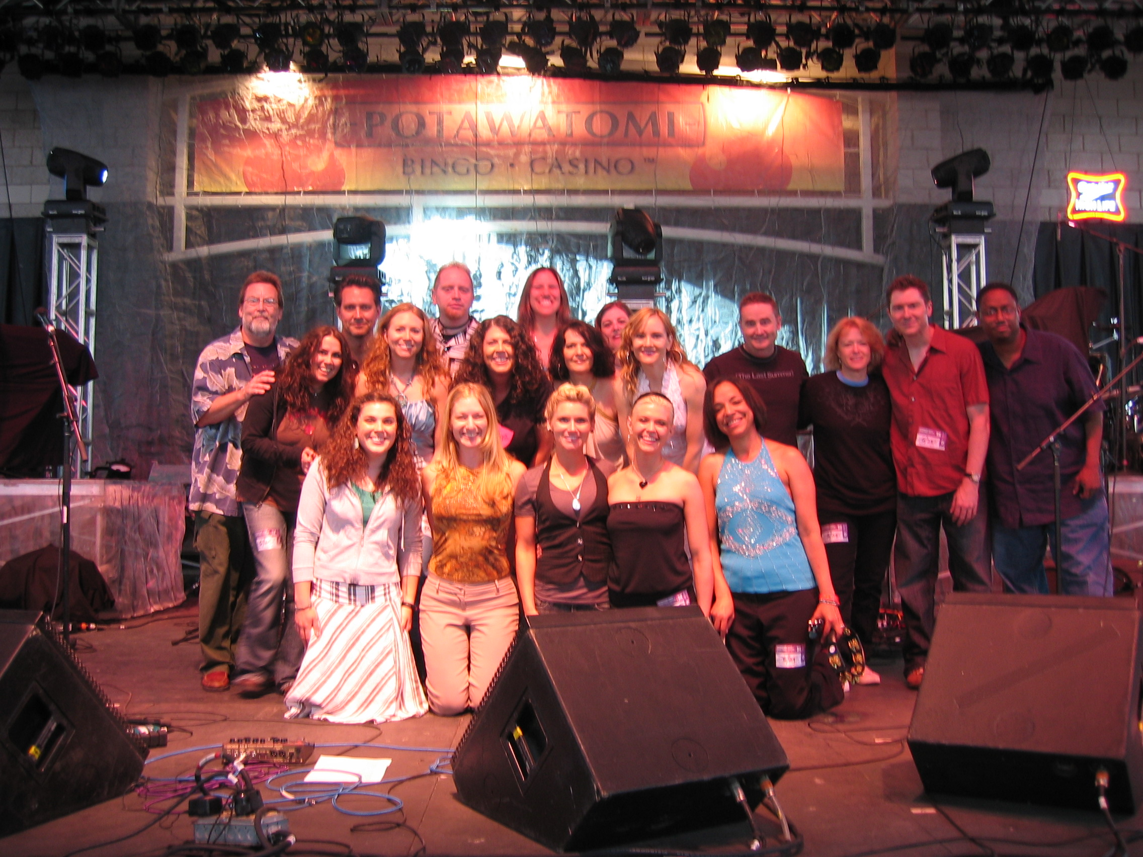 Group shot after the show! (photo: david pruszka)