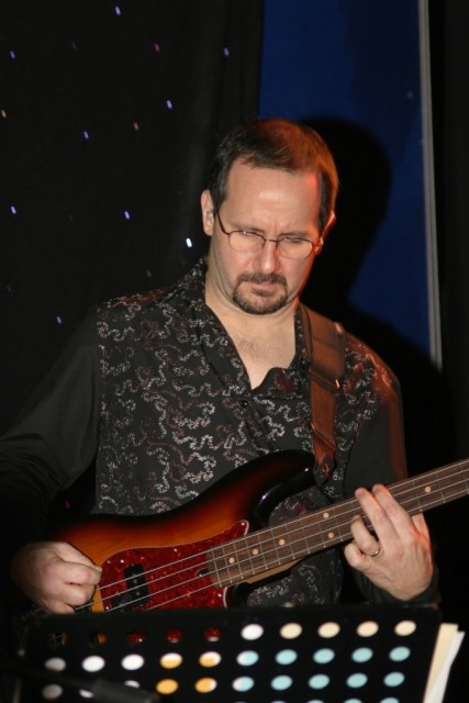 Leo Huppert on bass